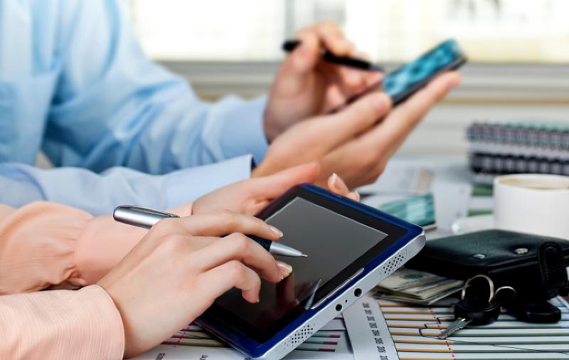 Softv�rov� po�iadavky pri elektronickej komunik�ci� s da�ov�m �radom, SP a ZP